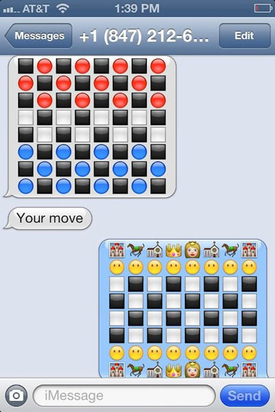 funny-emoji-checkers-chess